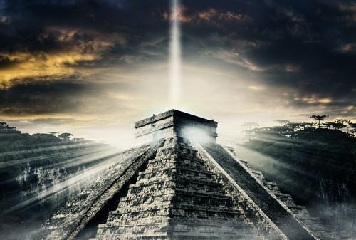 maja_piramis.jpg